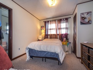 14 Franklin Ave Flourtown PA-MLS_Size-011-8-First Floor Bedroom-1440x1080-72dpi