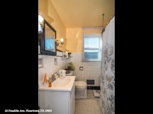 14 Franklin Ave Flourtown PA-MLS_Size-013-2-Secound Floor Bathroom-1440x1080-72dpi