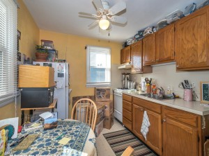 14 Franklin Ave Flourtown PA-MLS_Size-017-13-Secound Floor Kitchen-1440x1080-72dpi