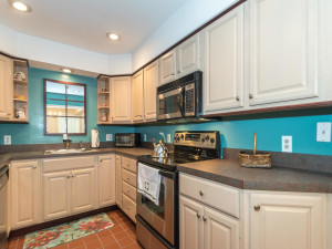 160 Cheshire Dr Blue Bell PA-MLS_Size-012-9-Kitchen-1440x1080-72dpi