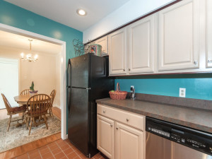 160 Cheshire Dr Blue Bell PA-MLS_Size-013-21-Kitchen-1440x1080-72dpi
